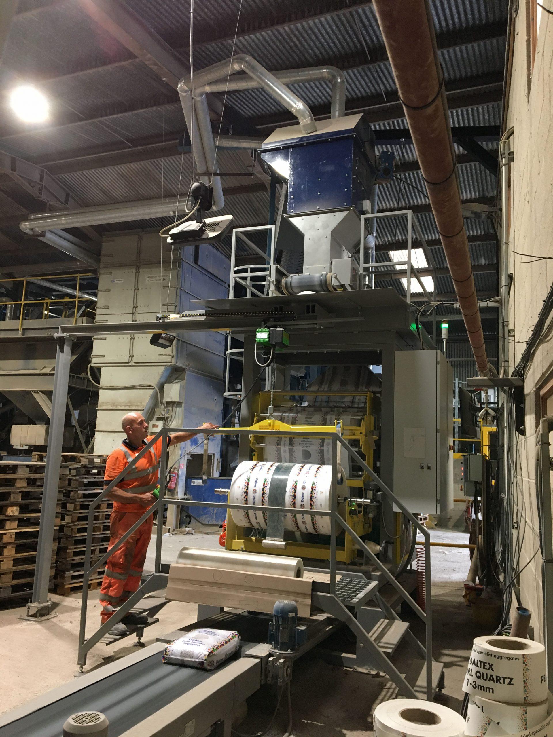 Derbyshire Aggregates FFS Velocity Bagger